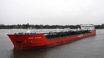 Tàu chở dầu của Nga đột ngột phát nổ trên biển Azov, 3 người mất tích