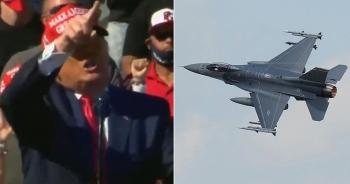Tiêm kích bắn pháo sáng chặn máy bay, Tổng thống Trump trầm trồ vì tưởng nhầm là pháo hoa