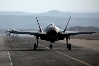 """Mỹ cân nhắc """"xuất xưởng"""" 50 tiêm kích F-35 cho UAE, dự kiến thu về 10 tỉ USD"""