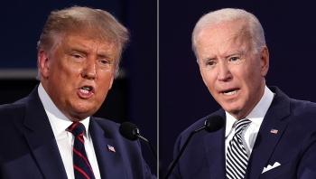 Tổng thống Trump bất ngờ rút ngắn cách biệt với đối thủ bầu cử