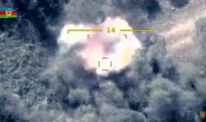 Azerbaijan sử dụng UCAV phá tan tăng T-72 và hệ thống pháo phản lực hạng nặng của Armenia