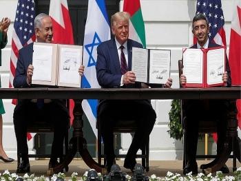 Giữa lùm xùm bầu cử, Chính phủ Trump gửi quốc hội duyệt bán 50 chiếc F-35 cho UAE liên quan thỏa thuận 23 tỉ USD