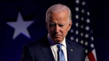Cố vấn hàng đầu của chiến dịch Biden chỉ trích Facebook, viết hàng loạt tweet