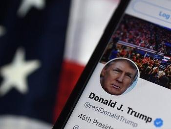 Gần một nửa số tweet của Trump bị Twitter gắn cờ trong những ngày sau bầu cử