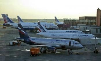 Ukraine thu giữ thêm 44 máy bay Nga bay tới Crimea, cáo buộc vi phạm các quy tắc bay quốc tế