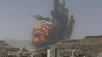 Saudi Arabia nổi giận trút mưa bom vào các mục tiêu của Houthi ở Yemen để trả đũa