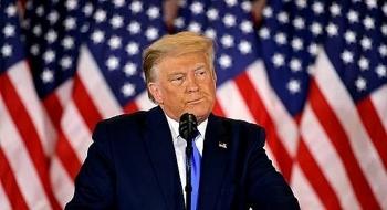 Tổng thống Trump vừa đăng tin nghi ngờ hơn 1 triệu phiếu bầu Pennsylvania không rõ xuất hiện từ đâu, Twitter lập tức dán cảnh báo