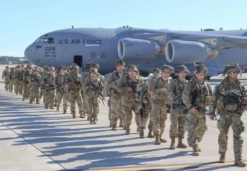 Không quân Mỹ bắt đầu thực hành không kích các cơ sở hạt nhân Iran