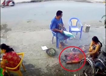 """Video: Đang cặm cụi nướng thịt, một tiếng nổ lớn vang lên hất nồi than tung tóe khiến ai nấy """"hồn xiêu phách lạc"""""""
