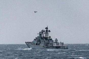 32 tên lửa của tàu chiến Nga lên nòng, suýt phóng cấp tập vào tiêm kích Anh khi nhận thấy biểu hiện đầy khiêu khích