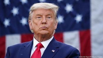 Ông Trump không đặt bút ký, hàng triệu người Mỹ sẽ bị mất cả nghìn tỷ USD viện trợ