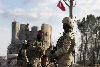 Phiến quân do Thổ Nhĩ Kỳ hậu thuẫn dồn dập nã pháo vào lực lượng dân chủ Syria