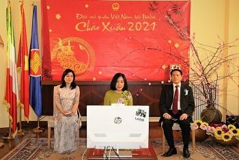 Gần 100 điểm cầu trực tuyến của cộng đồng người Việt tại Italy, Síp và Malta tham gia Tết Tân Sửu 2021