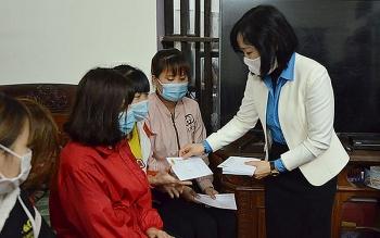 Bắc Ninh trao 1.700 suất quà tới người lao động khó khăn, không thể về quê đón Tết
