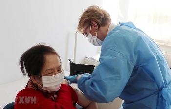 Cộng đồng người Việt Nam ở Ba Lan đã được tiêm vaccine phòng COVID-19
