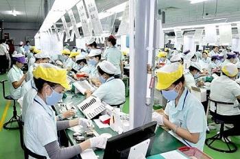 Hàn Quốc miễn phí xét nghiệm COVID-19 đối với lao động Việt Nam