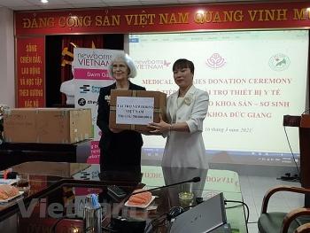 Newborns Việt Nam tài trợ thiết bị y tế cho Bệnh viện Đa khoa Đức Giang