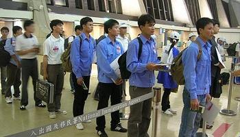 2.985 lao động Việt Nam đi làm việc ở nước ngoài trong tháng 2/2021