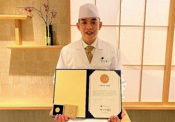 """Người Việt Nam đầu tiên giành được """"huy hiệu Vàng"""" trong lĩnh vực ẩm thực tại Nhật Bản"""