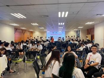 Sôi nổi các hoạt động của Hội trại Thủ lĩnh sinh viên Việt Nam ở nước ngoài 2021