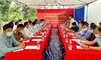 Hội đàm mở lối mở khu vực mốc 65 biên giới Việt - Lào tạo thuận lợi cho nhân dân hai nước lưu thông