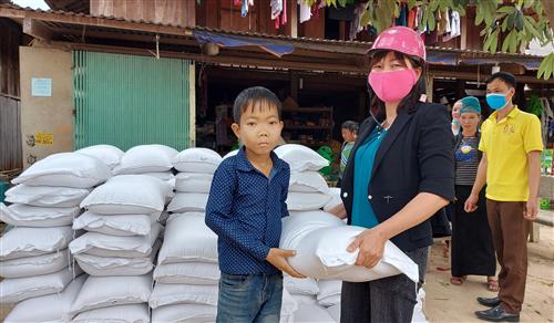 Cấp hơn 953 tấn gạo để cứu đói cho nhân dân ở hai tỉnh Cao Bằng và Sơn La