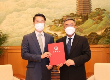 Thúc đẩy quan hệ hợp tác kinh tế, thương mại, đầu tư, du lịch giữa Việt Nam và Hong Kong (Trung Quốc)