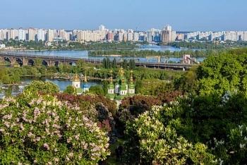 Hội người Việt Nam TP Kiev (Ukraine) kêu gọi cộng đồng không nên chủ quan, lơ là trong việc phòng dịch