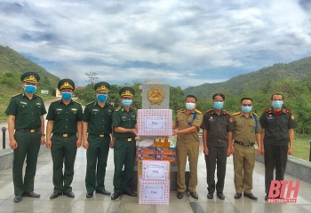 Sơn La, Thanh Hoá, TLSQ Việt Nam tại Luangprabang hỗ trợ Lào phòng, chống dịch COVID-19