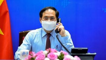 Ngoại trưởng Canada cam kết hỗ trợ Việt Nam tiếp cận vaccine chống Covid-19