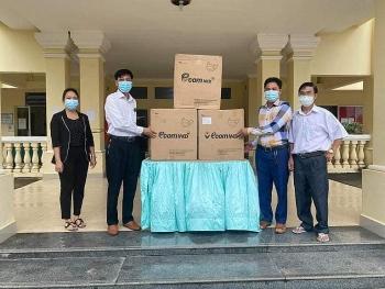 Tổng lãnh sự quán Việt Nam tại Preah Sihanouk (Campuchia) hỗ trợ tỉnh Koh Kong 7500 khẩu trang