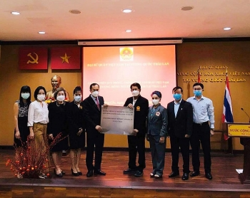 Cộng đồng người Việt Nam tại Thái Lan ủng hộ hơn 1 tỉ đồng cho Quỹ vaccine Covid-19