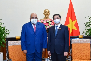 Tiếp tục củng cố và thắt chặt hơn nữa quan hệ hữu nghị truyền thống đặc biệt Việt Nam - Cuba