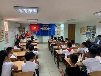 Lớp học tiếng Việt khu đô thị Làng Sen (Ukraine) khai giảng năm học mới