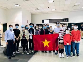Đưa 347 công dân Việt Nam từ Houston (Mỹ) về nước