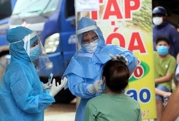 Chuyên gia Anh, Australia, Malaysia đánh giá cao Việt Nam khi xử lý đại dịch COVID-19