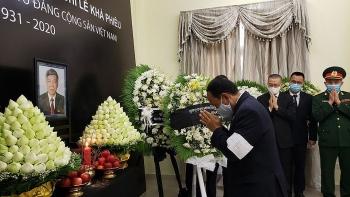 Cộng đồng người Việt Nam tại Campuchia tưởng niệm nguyên Tổng Bí thư Lê Khả Phiêu