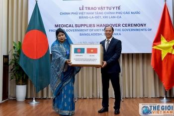 Trao vật tư y tế hỗ trợ các nước Bangladesh và Sri Lanka phòng, chống dịch COVID-19