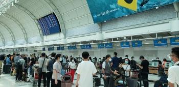 Đưa gần 320 công dân Việt Nam từ sân bay quốc tế Toronto về nước an toàn