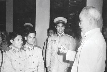 Tư tưởng Hồ Chí Minh: Công an nhân dân vì dân vì nước