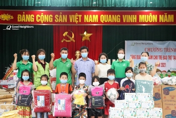 GNI tặng quà cho 3.805 trẻ bảo trợ tại Thanh Hóa, Hà Giang với trị giá gần 1,3 tỷ