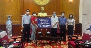 Hiệp hội Đồng bào hải ngoại Việt Nam tại Macau (Trung Quốc) trao quà ủng hộ quê hương chống dịch