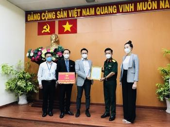 Kiều bào Úc, Mỹ ủng hộ 10 tấn gạo cho TP Hồ Chí Minh và Bình Dương