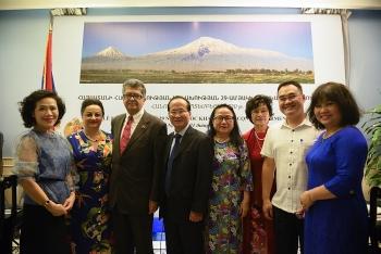 Hội Hữu nghị Việt Nam – Armenia chúc mừng 29 năm Quốc khánh nước Cộng hòa Armenia