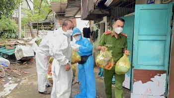 VKBIA tiếp tục tặng 4000 túi an sinh cho bà con người dân TP.HCM gặp khó khăn