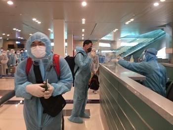 Thêm chuyến bay đưa 490 công dân Việt Nam từ Philippines, Malaysia về nước