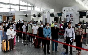 Đưa gần 180 công dân Việt Nam từ Brunei về nước an toàn