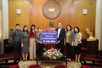 Liên hiệp các Tổ chức hữu nghị Việt Nam ủng hộ đồng bào vùng lũ lụt miền Trung 45 triệu đồng