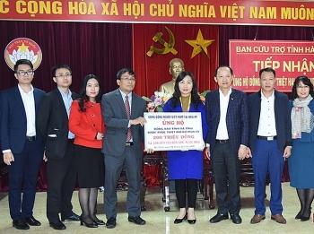 Cộng đồng người Việt Nam tại Hoa Kỳ ủng hộ 200 triệu đồng cho người dân vùng lũ Hà Tĩnh