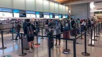 Thêm chuyến bay đưa 360 công dân Việt Nam từ Hoa Kỳ về nước